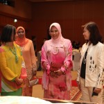 Raja Permaisuri Agong Tuanku Nur Zahirah, flanked by the designers, Tengku Marina Ibrahim and Dr.June Ngo.  Pix 12: